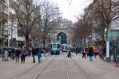 Tram elettrico nella città di Zurigo, Svizzera — Foto Stock