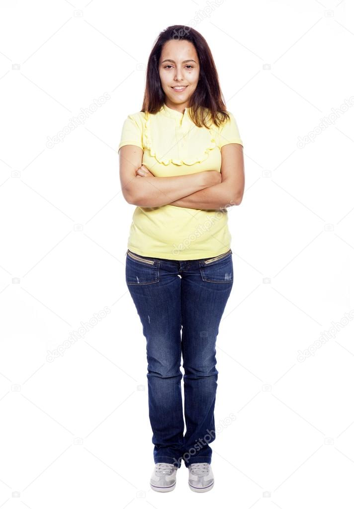 Ganzkörper-Bild einer jungen lässig Frau stehend mit
