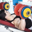 Strong man training with weights in the gym — Foto de Stock