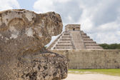 Chichen Itza pyramid, El Castillo, Mexico — Stock Photo