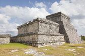 Antigo templo maia de tulum, méxico — Fotografia Stock