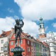 The elevation of houses in the Old Market Square in Poznan, Poland — Stock Photo #28649047