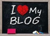 Me encanta mi blog escrito a mano con tiza blanca — Foto de Stock