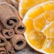 Dried orange, cinnamon — ストック写真