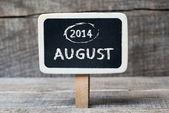 αυγούστου 2014 στο μικρό ξύλινο πλαισιωμένο blackboard — ストック写真