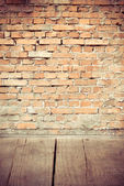 Wood and brick wall — Foto Stock