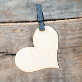 Heart hanging on a rope with pins — Foto Stock