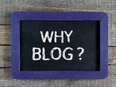 Why Blog word handwritten on the black chalkboard. — Foto Stock