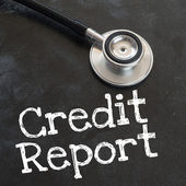 Stethoscope and credit report — Stockfoto