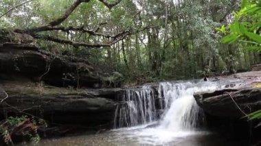 Waterfall at Ubonratchathani Thailand — ストックビデオ
