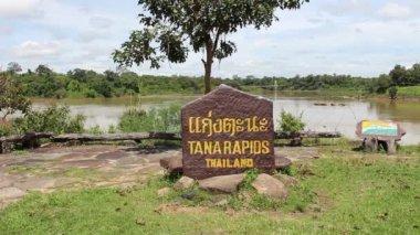 Tad tone waterfall in Ubon Ratchathani thailand — Vidéo