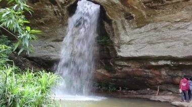 Waterfall at Ubonratchathani Thailand — ストックビデオ