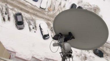 Satelliet antenne — Stockvideo