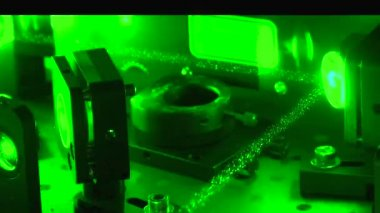 Green laser beam — Stock Video