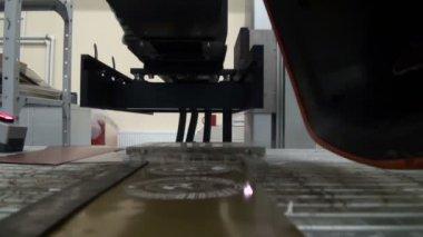 Laser cutting — Stock Video