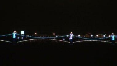 Ponte de iluminação — Vídeo stock