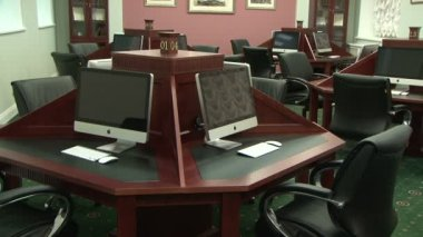 Library with computers — Vídeo de Stock