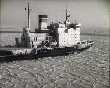 The Arctic. Icebreaker. — Stock Video