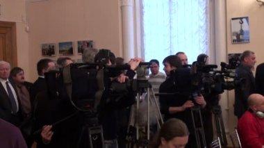 Équipe de tournage, journalistes — Vidéo