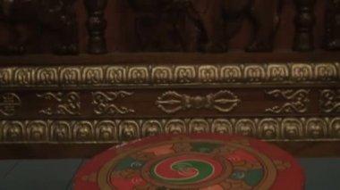 仏教寺院の内部 — ストックビデオ