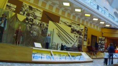 De hal van het etnografisch museum in st. peterburg — Stockvideo