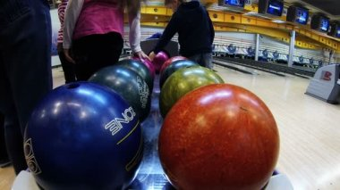 Bowling topları — Stok video