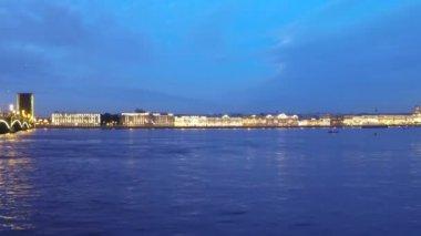 Trinity Bridge at night, St Petersburg, Russia — Stock Video