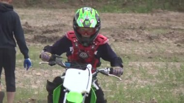 Travel riders motorcycle competitions — Stock Video