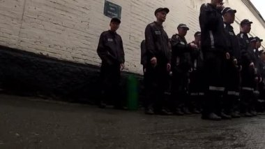 Inspection of personal living conditions of prisoners. — Stock Video