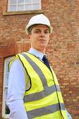 建築家、測量士またはプロパティの外の検査官 — ストック写真