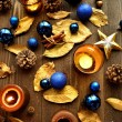 Blue Christmas ornaments with gold leaves — стоковое фото #32102353