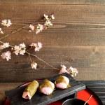 ������, ������: Japanese cake on Japanese red tray