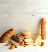 Breads with colorful vegetables — Stock Photo