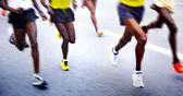 марафонцы - размытым движения — Стоковое фото