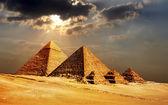 Piramidi di giza, cairo, egitto — Foto Stock