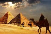 Giza pyramids, cairo, egypt — Stock Photo
