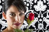 Gesicht und rose — Stockfoto