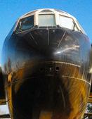 老、 飞机、 机场、 机场. — 图库照片