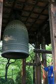 Monk Ringing Bell - Zojoji Shrine,Tokyo, Japan — Stock Photo