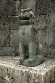 Japon statue - shuri castle, naha, okinawa, lion — Photo