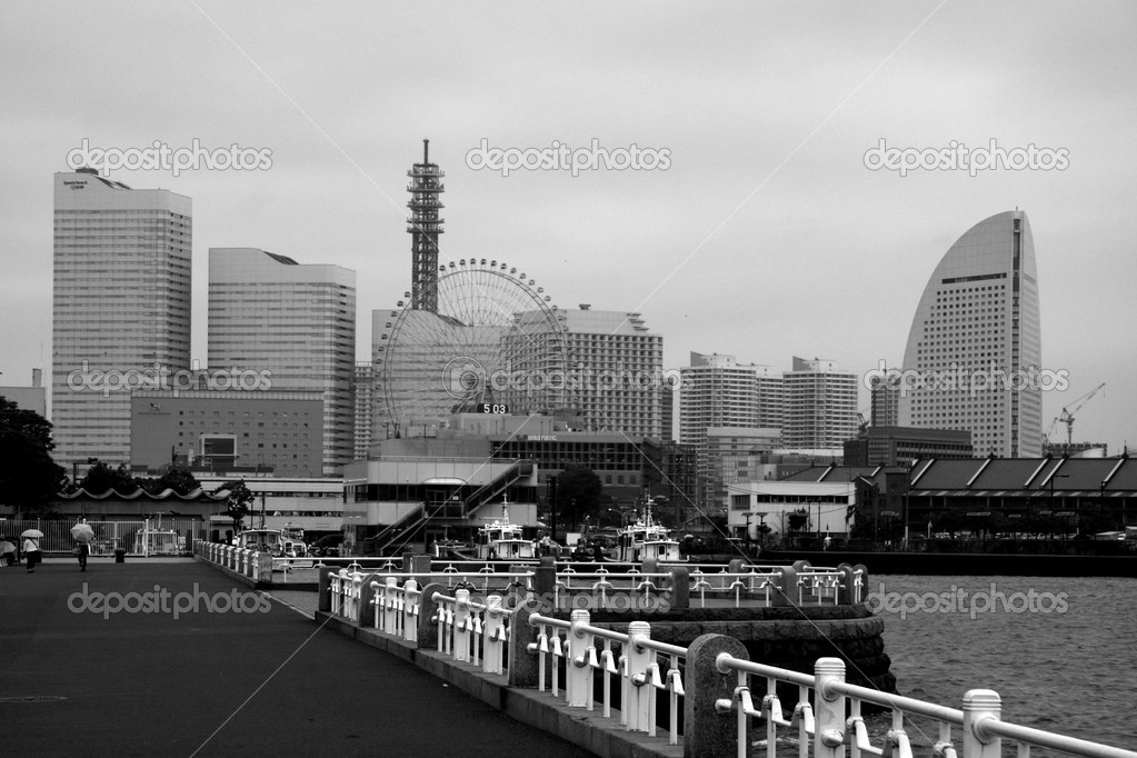 Yokohama City Skyline, Japan — Stock Photo #12484492