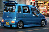 Modified Minivan - City of Naha, Okinawa, Japan — Zdjęcie stockowe