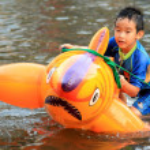 BANGKOK, THAILAND - NOVEMBER 17 : Flooding in Bangkok, Thailand — Stock Photo