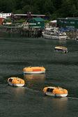 лодки на воде — Стоковое фото