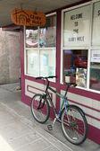 Rower w sklepie — Zdjęcie stockowe