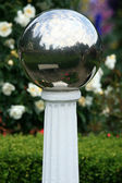 Glass Ball - Butchart Gardens, Victoria, BC, Canada — Stock Photo