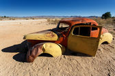 Eski model araba kazası — Stok fotoğraf