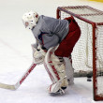 Hockey goalie during practice — Stock Photo