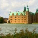 Frederiksborg castle in Denmark — Stock Photo #4598817