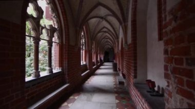 Corridor in Malbork Castle, Poland — Stock Video